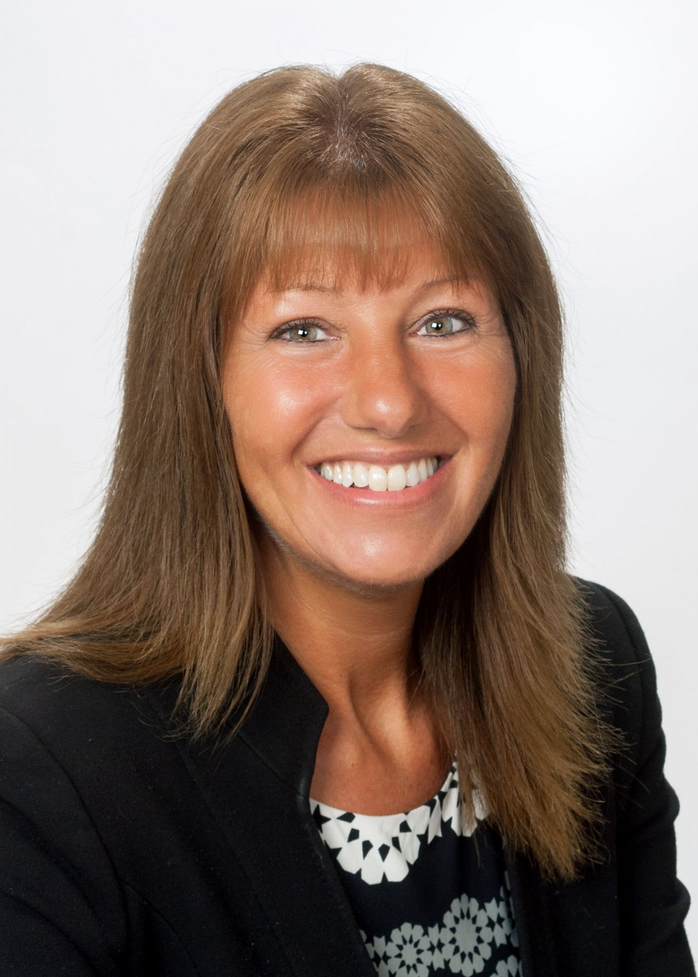 Julie Fieldhouse, Sales Negotiator at Wilsons Estate Agents Taunton